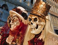 Масленица Венеции, портрет маски, во время венецианской масленицы во всем городе там чудесные маски стоковая фотография rf