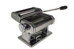 Машина для свертывать вне тесто и резать лапши стоковые фото
