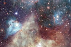 Межзвёздное облако и галактики в космосе Элементы этого изображения поставленные NASA стоковые изображения rf