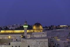 Мечеть al-Aqsa в Иерусалиме в выравниваясь времени на верхней части Temple Mount стоковые фото