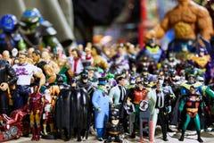 Милан, Италия - Figurines собрание и фигурки жулика 8-ое марта 2019 Cartoomics шуточные на продаже стоковое изображение