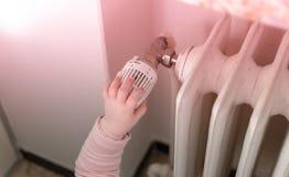 Младенец включает топление стоковые изображения