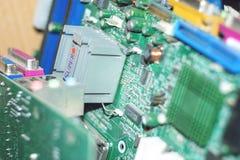 Много материнских плат компьютера ПК Приборы электроники процессора ядра mainboard обломока C.P.U. цепи Обломок старой материнско стоковое изображение