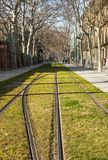 мстителей Урбанско Барселона Взгляд Трамвайная линия стоковая фотография