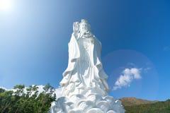Монастырь Guanyin китайский буддийский в Tung Tsz Много из фондов здания монастыря было подарено местным делом стоковые фотографии rf