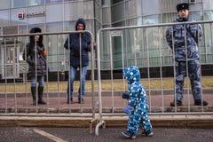 Москва, Россия, - 10-ое марта 2019 Свобода интернета требования ралли в России стоковая фотография