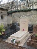 Надгробная плита Жан Поля Sartre и Simone de Beauvoir стоковая фотография rf