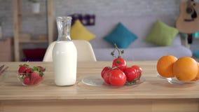 Натюрморт с едой которая причиняет аллергии акции видеоматериалы