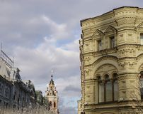 Небо над улицей Nikolskaya стоковые изображения rf