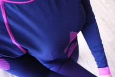 Нижнее белье женщин термальное, красивая ткань, приспосабливает тело и комод стоковое изображение