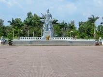 Памятник в городе Hà Tiên во Вьетнаме стоковая фотография