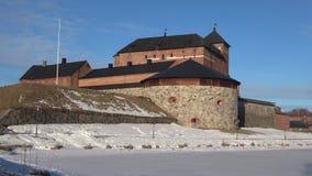 Панорама старой крепост-тюрьмы, день в марте Hameenlinna, Финляндия видеоматериал