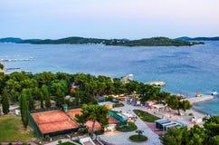 Пляж Vodice, Хорватия стоковое изображение