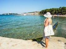 Пляж Vodice, Хорватия стоковое изображение rf