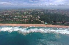 Пляж Zimbali, Ballito, Kwazulu Natal, Южная Африка стоковые фотографии rf