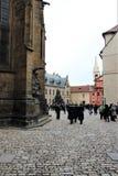 Прага, чехия, январь 2015 Взгляд квадрата внутри комплекса королевского дворца стоковая фотография