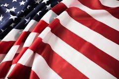 Предпосылка американского флага развевая День независимости, День памяти погибших в войнах, День Труда - изображение стоковое фото
