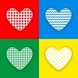 Предпосылка дня ` s Валентайн Украшенные сердца которое отрезано вне от предпосылки цвета иллюстрация штока