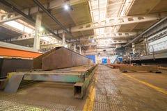 принципиальная схема промышленная Обзор на строительной площадке внутри изготовляя плиты Много промышленные детали для стоковые изображения rf