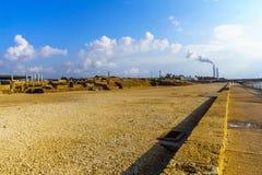 Прогулка пляжа в национальном парке Caesarea стоковая фотография