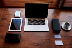 Ðœodern与拷贝空间的学生桌 图库摄影