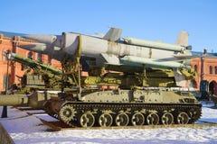 2К11 ` Krug ` wyrzutni przeciwlotniczego pociska Stycznia powikłany pogodny dzień Muzeum artylerii i sygnału korpusy Obraz Royalty Free