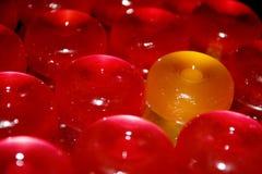 """ОÐ'Ð 'а """"ÐΜÑ ½ Ñ ¾ Ð  кР'Ð°Ñ Ñ ` Ð¶Ñ Ð° ½ л/одна желтая конфета стоковые изображения rf"""