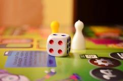 Ð  raadsspel voor de familie stock afbeeldingen