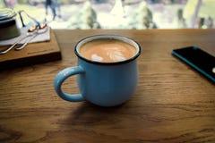 Ð ¡ appuccino w kawiarni Zdjęcia Stock