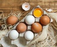 Ð-¡ hicken Eier in einem Kasten Lizenzfreies Stockbild