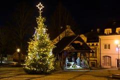 Ð ¡ hristmasinstallatie in Tsjechisch dorp stock afbeeldingen