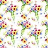 Ð-¡ olorful Blumen, die vom geschlossenen Regenschirm hervorstehen Nahtloses Muster Dekoratives Bild einer Flugwesenschwalbe ein  Lizenzfreie Stockfotografie