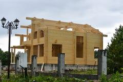 Ð ¡ onstruction domy od kleiącego promień uwarstwiającego promienia Obrazy Stock