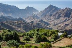 Далекий взгляд над горой Anaga стоковые фото
