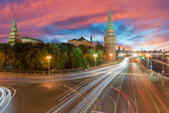 а КреРför ² för  кРför МР¾ Ñ ¼ Д ÑŒ-/Moskvastad kremlin royaltyfri bild