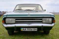 Ð-¡ ar Opel Rekord Arkivbilder