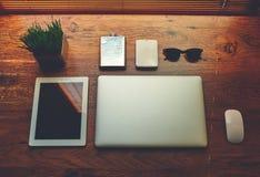 Ð•concept lectronic de travail d'affaires et de distance Images libres de droits