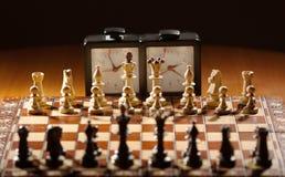 Ð ¡ hessboard, zegar i postacie, Obraz Royalty Free
