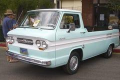 Ð ¡ hevy 1962 Ð ¡ orvair 95 rampside卡车 库存照片