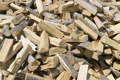 Ð ¡ hopped hout voor de open haard/het fornuis Stock Foto