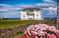 Дом Рейкявик Исландия Скандинавия Hofdi стоковая фотография rf
