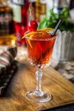 Ð-¡ ocktail verziert mit Kirschen Lizenzfreies Stockbild