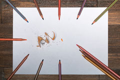 ¡ Ð olored карандаши на белом листе бумаги Стоковая Фотография RF