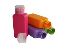 Ð-¡ olored Plastikflaschen lizenzfreies stockfoto