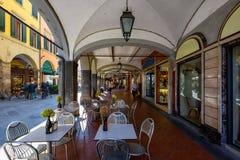 Ð ¡ ozy街道在比萨,托斯卡纳 免版税库存照片
