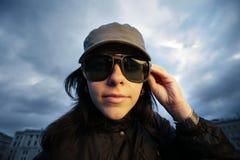 Ðirl in zonnebril stock fotografie