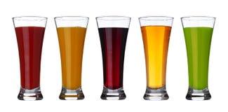 Свежий овощ и фруктовый сок в стекле изолированном на белой предпосылке с путем клиппирования стоковая фотография
