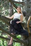 Славная молодая женщина стоковое изображение rf