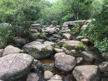 Сломленный каменный мост стоковая фотография rf