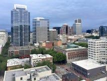 Смотрящ вне на городском Портленде, Орегон стоковое изображение rf
